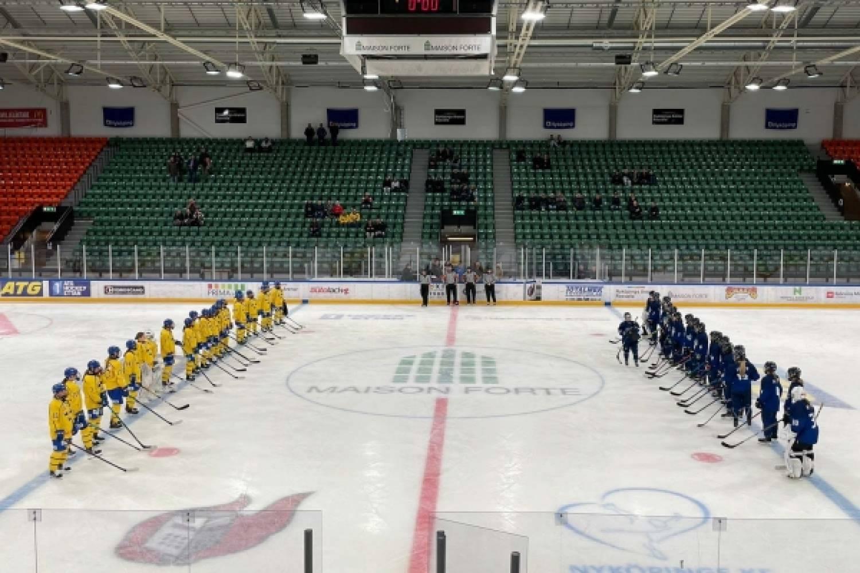 Tyttöleijonat heilautti Ruotsin verkkoa kuusi kertaa – Suomi voitokas Finnkampen-avauksessa – Näin ottelu eteni