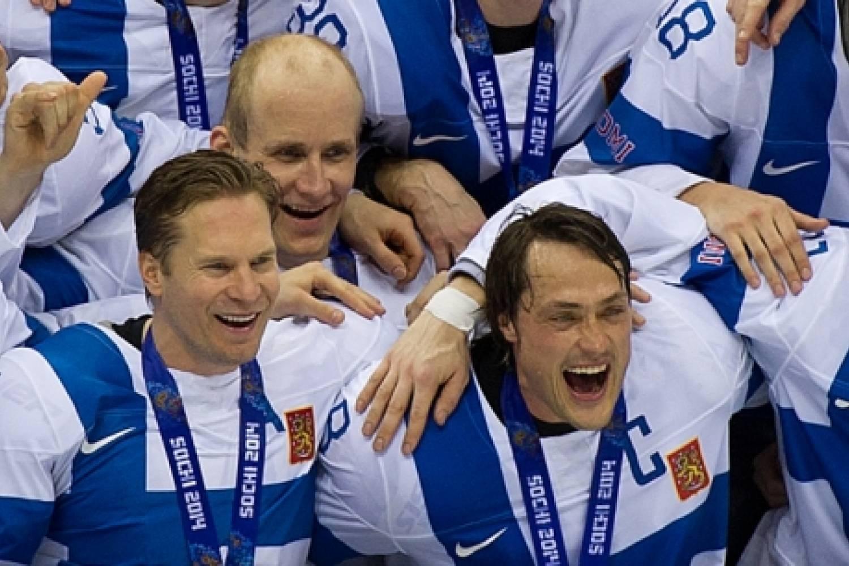 """Kimmo Timonen: """"Voitimme Suomelle ja joukkueellemme"""""""