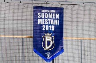 Naisten Liigan mestaruusviiri kohosi Espoossa