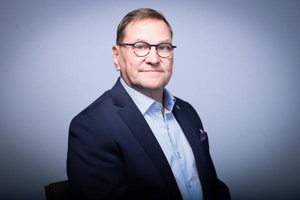 Heikki Hietanen IIHF:n hallitukseen, Ranskan Luc Tardif IIHF:n uusi puheenjohtaja
