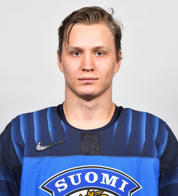 """#41 Joel Kiviranta: """"Hän on joukkuepelaaja ja menee aina joukkue edellä"""""""