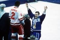 1988 - Historiallinen hopeamitali päättää odotuksen