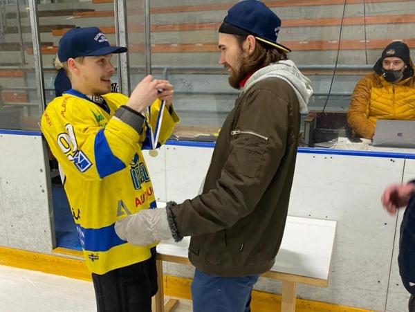 Karhu HT juhlii Suomi-sarjan mestaruutta – katso kuvat!