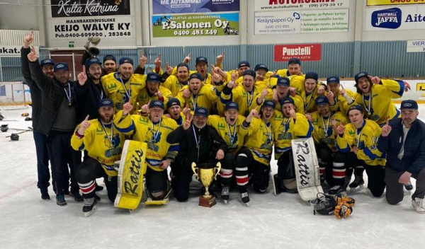 Maalikooste: Karhu HT Suomi-sarjan mestari!