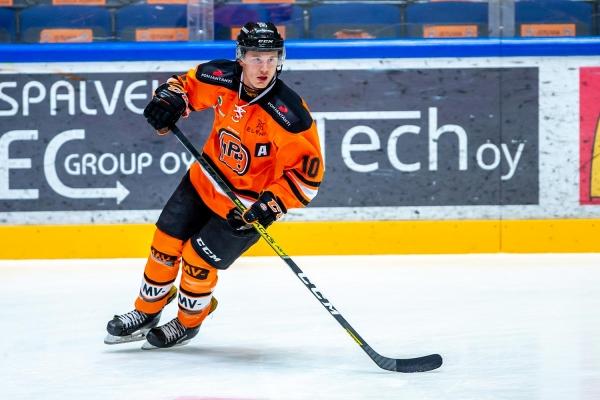 """U20 SM-sarjan HPK:n Jimi Rönkkönen: """"On vedetty treenejä täysillä"""""""