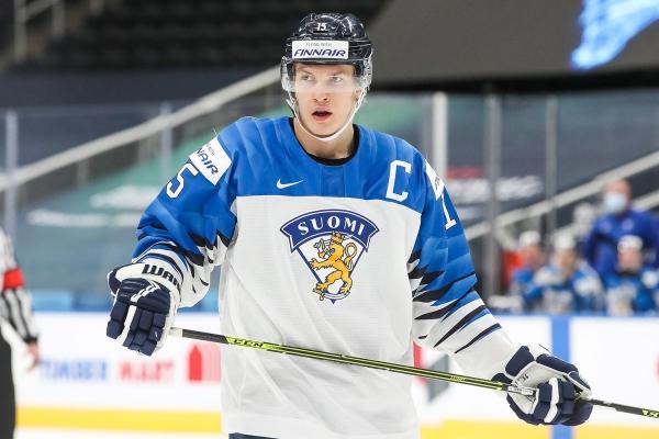 U20-maajoukkueen paras pelaaja kaudella 2020–21: Anton Lundell