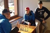 """Pikkuleijonat shakkilaudan äärellä - """"Ei kuulu Vesalaisen vahvuuksiin"""""""